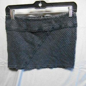 Silence + Noise black gray mini skirt small